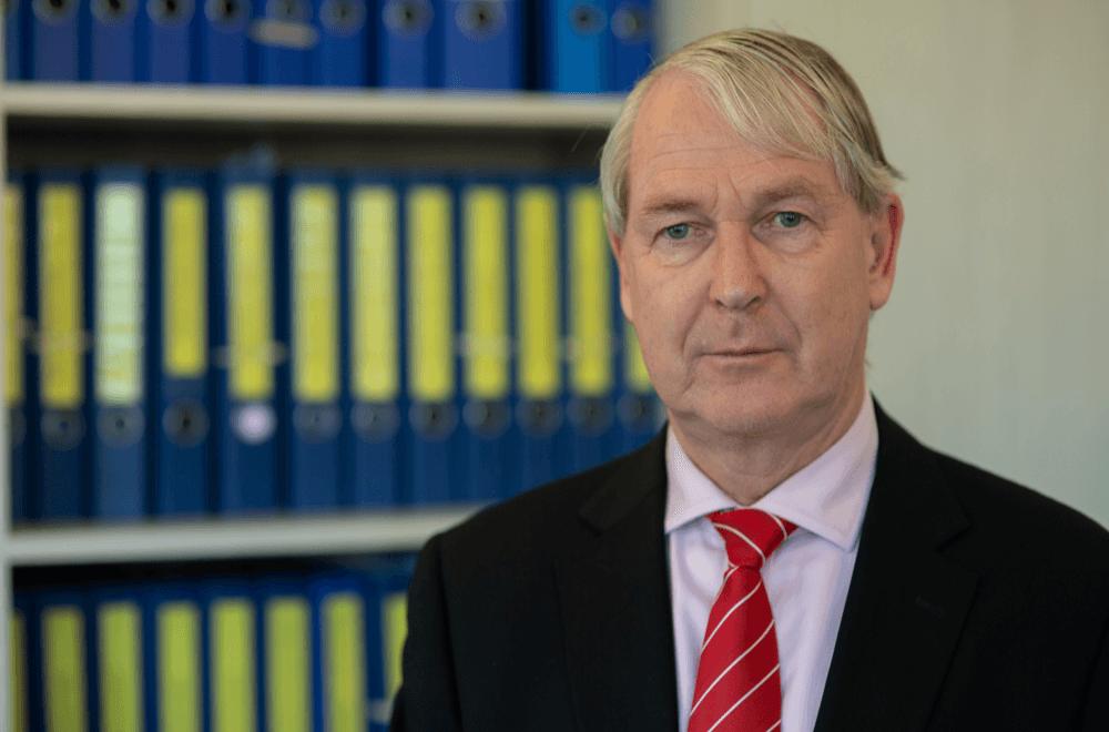 https://mvadvocaten.nl/wp-content/uploads/2021/03/Maarten-Meijer-Meijer-van-der-Vlis-advocaten.png
